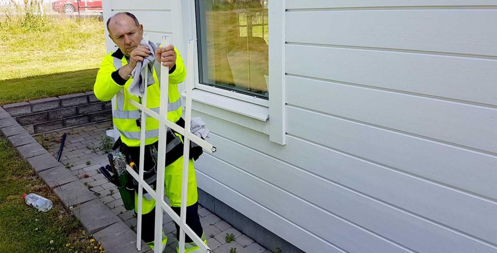 Rengöring av spröjs och utvändig fönsterputs